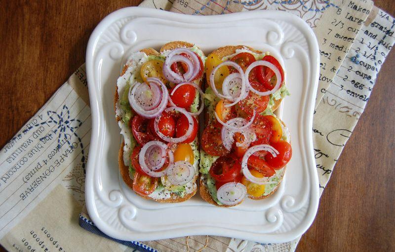 Lisasuper-blogpost-tomatosandwhiches